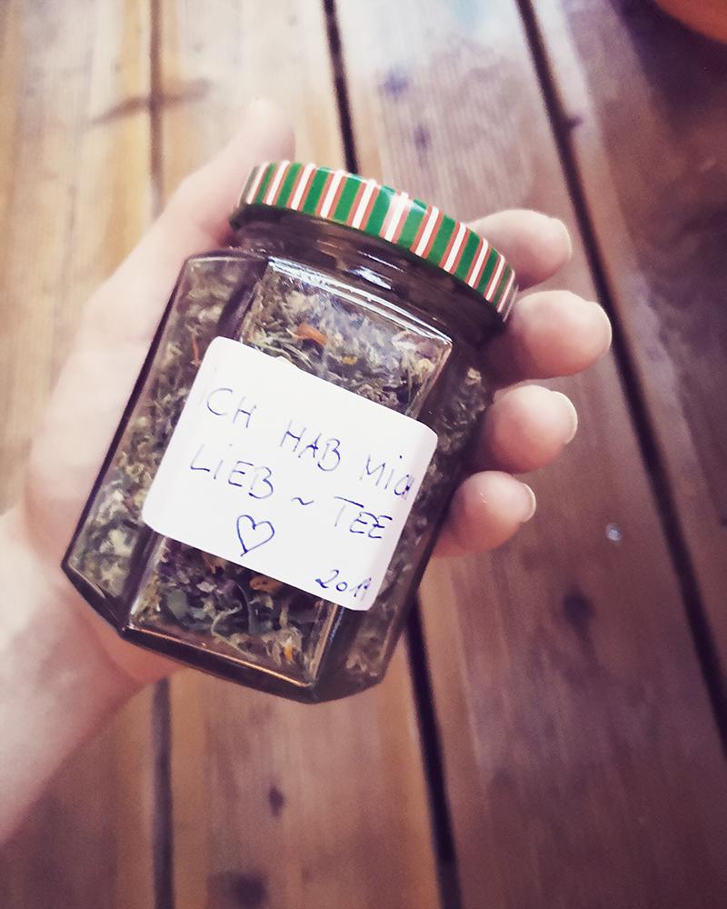 Goldrute, Ringelblume, Johanniskraut,  Labkraut, Veilchen Teemischung